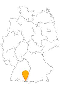 Der Fernbus Lindau fährt Sie in eine idyllische Stadt am bayrischen Bodensee.