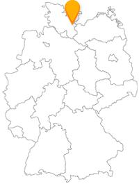 Der Fernbus Lübeck und der regionale Busverkehr arbeiten gut Hand und Hand.