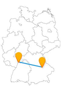 Nach der Fernbusfahrt zwischen Mannheim und Regensburg kommen Sie jeweils auch zu Fuß gut weiter.