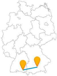 Glockenspiel und Kletterhalle, was wollen die Kinder mehr auf der Reise mit dem Fernbus von München nach Ravensburg.