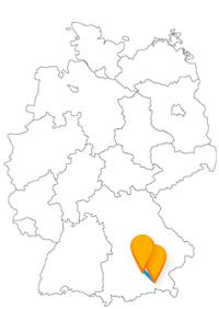 Wie wäre es mit einem Städtetrip im Fernbus München Rosenheim, um auf den Geigelstein zu wandern oder das Nationaltheater München zu besuchen?