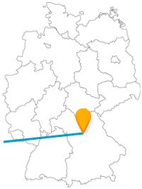 Christkind live erleben oder die schönste Straße der Welt, die Reise im Fernbus zwischen Nürnberg und Paris kann Ihnen beides bieten.