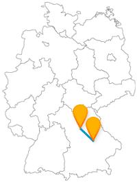 Besichtigen Sie auf Ihrer Reise mit dem Fernbus von Nürnberg nach Regensburg ein besonderes Kunstmuseum und einen beeindruckenden Dom.