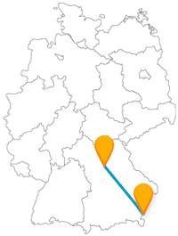 Auf der Reise mit dem Fernbus zwischen Nürnberg und Salzburg thronen Burgen und Festungen auf ihren Felsen.