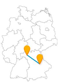 Verlassen Sie sich nach der Fahrt im Fernbus Regensburg Würzburg auf die städtischen Busse, um eine entspannte Stadtbesichtigung zu haben.