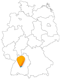 Der Bus für Reutlingen und Tübingen fährt Sie zu einem Märchenschloss und einer interessanten Burg.