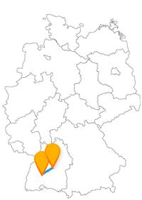 Entdecken Sie auf der Fahrt im Fernbus Stuttgart Flughafen Villingen-Schwenningen das Bickentor und einen komfortablen Fernbusbahnhof in Stuttgart.