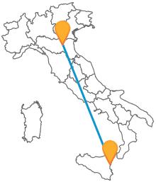 Ammirate i diversi panorami della penisola viaggiando in bus tra Bologna e Catania